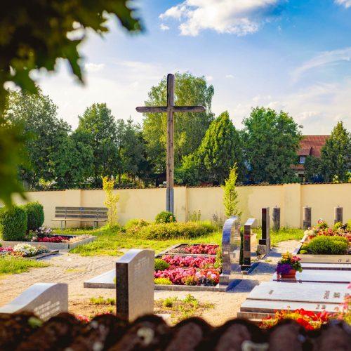 Kirchlicher Friedhof Bachetsfeld